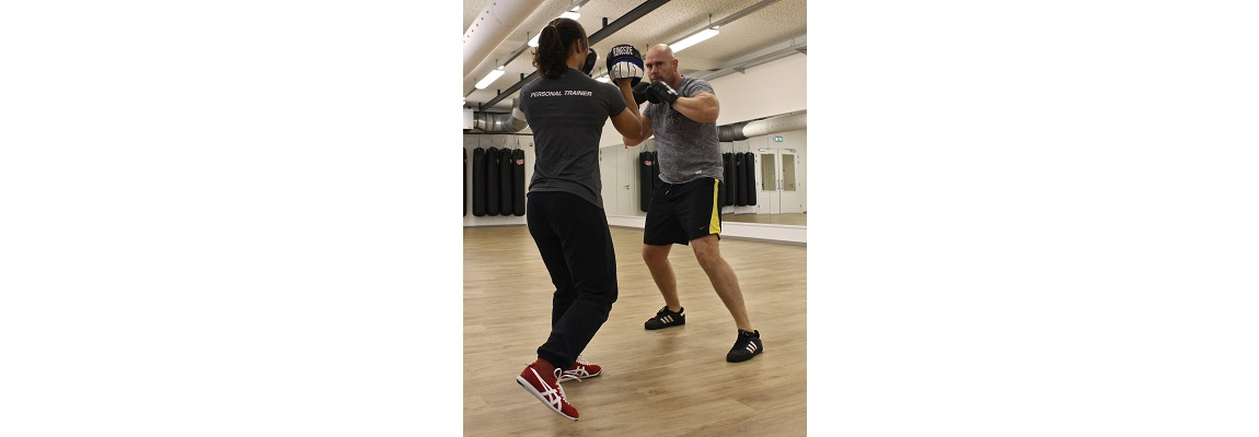 Boxing pad training for men and women